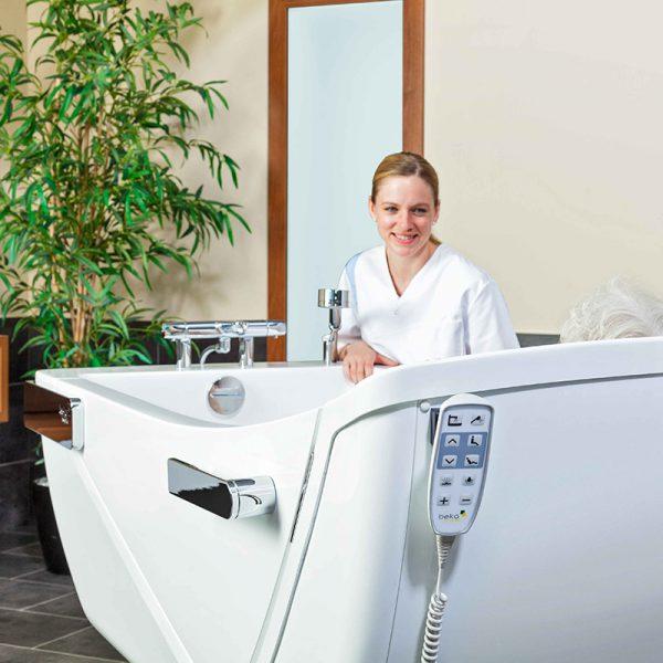beka averno motion bath tub clear view 4